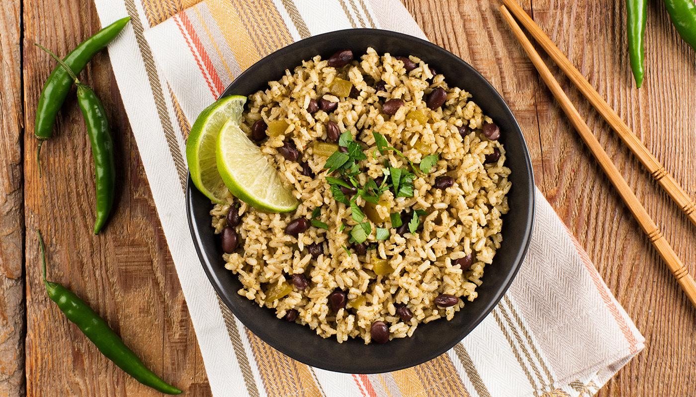 Chile Verde Rice With Green Chillies and Black Bean