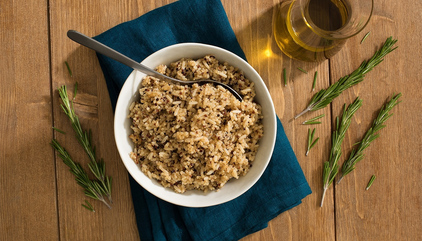 Lundberg Quinoa Blend with Rosemary and Olive Oil in bowl.