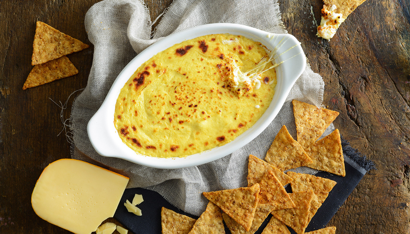 Smoked Gouda Beer Cheese Dip with Lundberg Rice Chips