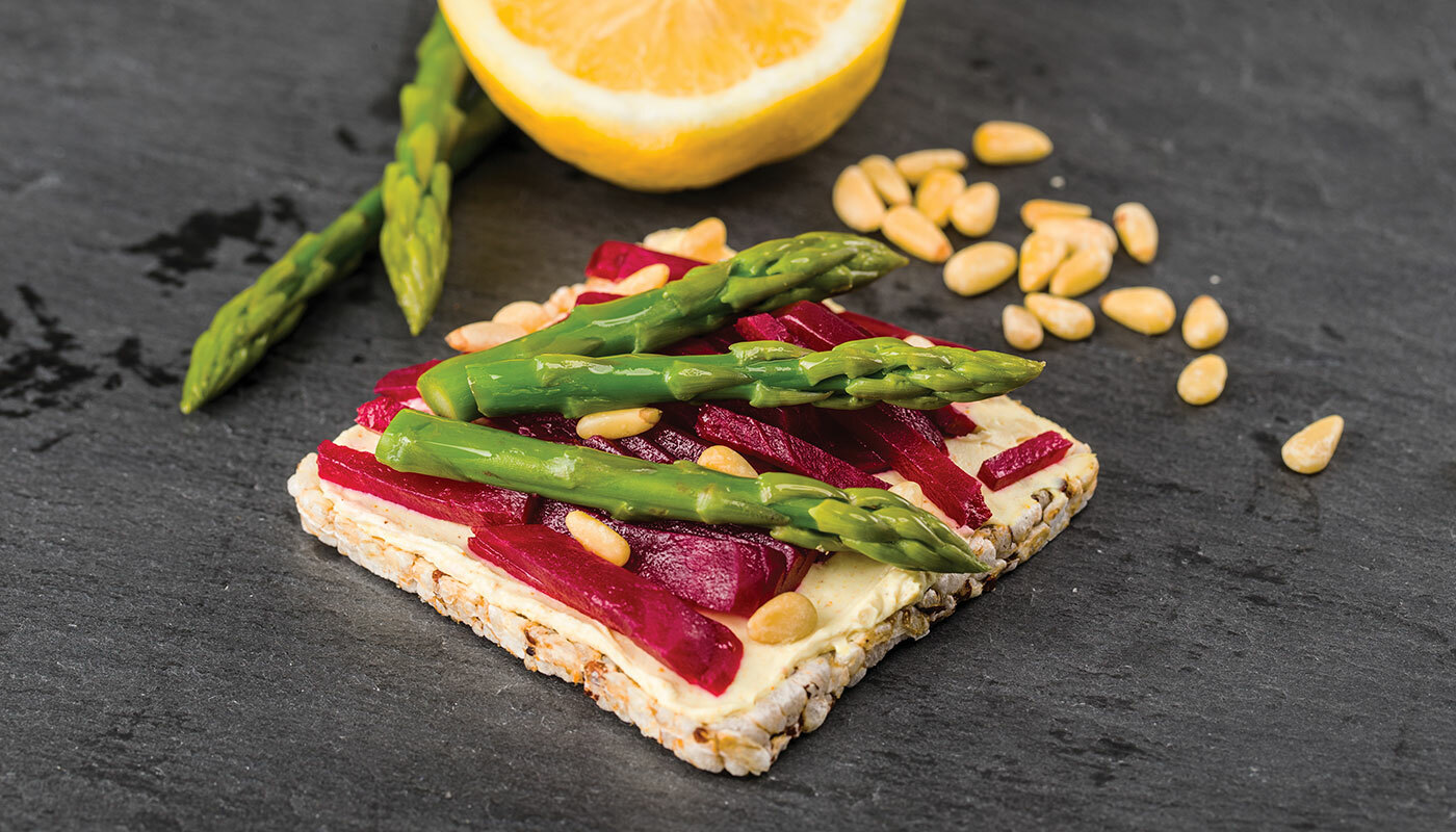 Lundberg Thin Stacker with beets and asparagus